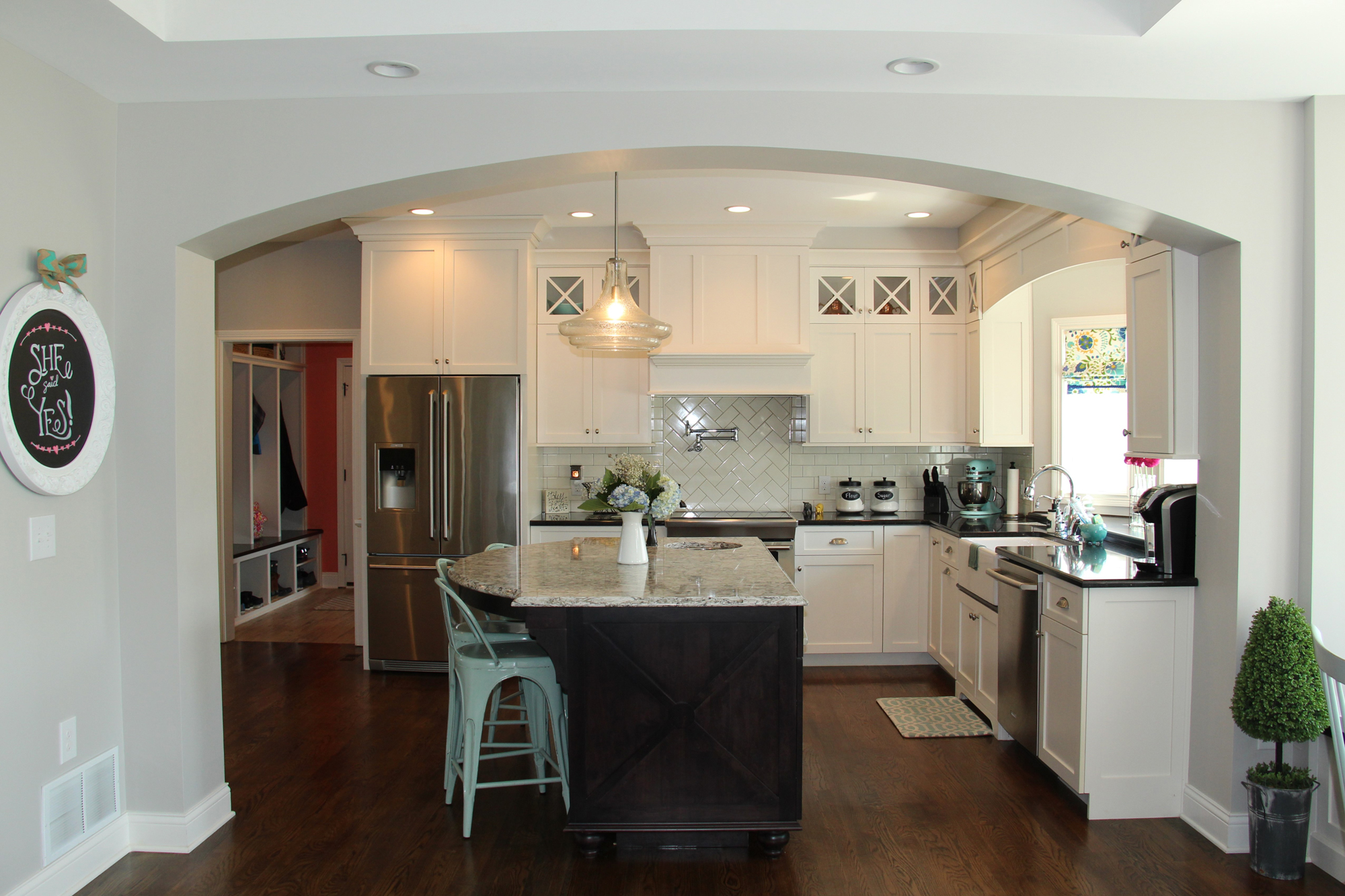 Traditional Kitchen White X Medallion Cabinets – Mike s Woodworking